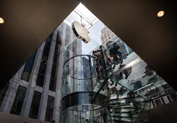 Apple может инвестировать в фонд SoftBank 1 млрд долларов