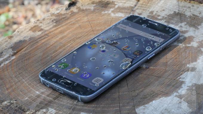 Смартфонов с защитой от воды продаётся всё больше