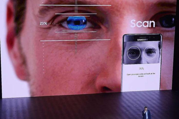 Наряду с дактилоскопом, в арсенале Galaxy S8 будет еще один прибор биометрической аутентификации