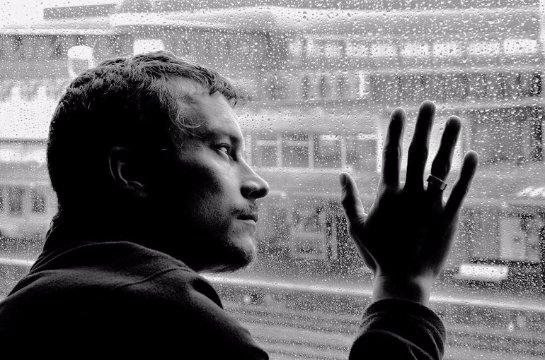 Депрессия по-разному проявляется у женщин и мужчин