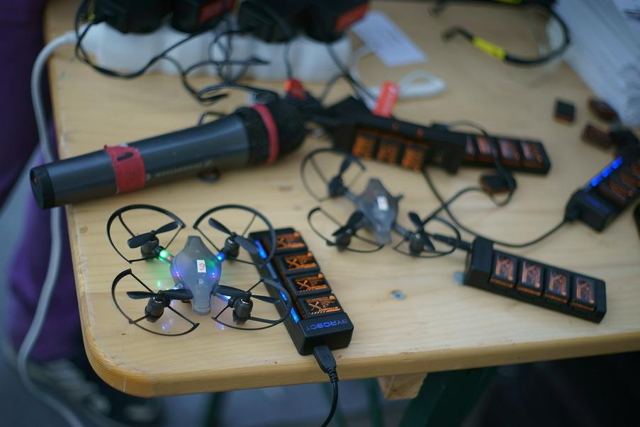 Byrobot Petrone: лучшие (imho) дроны для обучения детишек. И для драк - 8