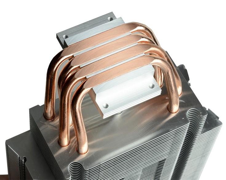 Кулер ID-Cooling SE-214C выделяется подсветкой