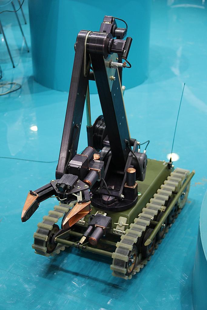 Российские боевые наземные роботы - 16