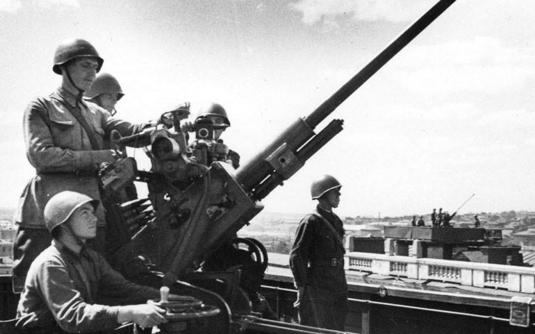 Музыкальный Леонардо советского военпрома: от артиллерийских систем до первого в мире студийного синтезатора - 6