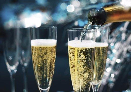 Ученые рассказали, от чего зависит вкус шампанского