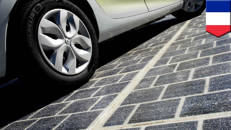 Во Франции открылась первая дорога, покрытая солнечными панелями - 1