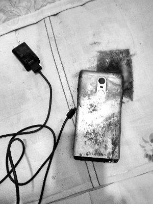 Xiaomi пыталась купить молчание пользователя, чей смартфон взорвался при зарядке