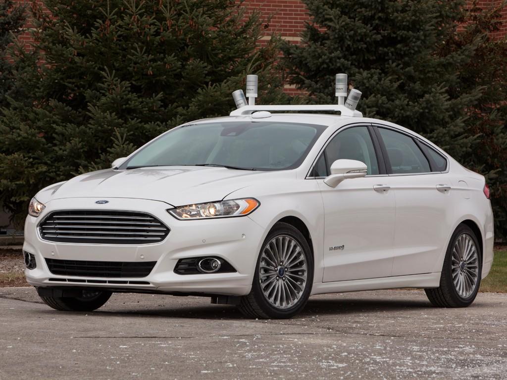 Новые беспилотники Ford копируют человеческое вождение - 2