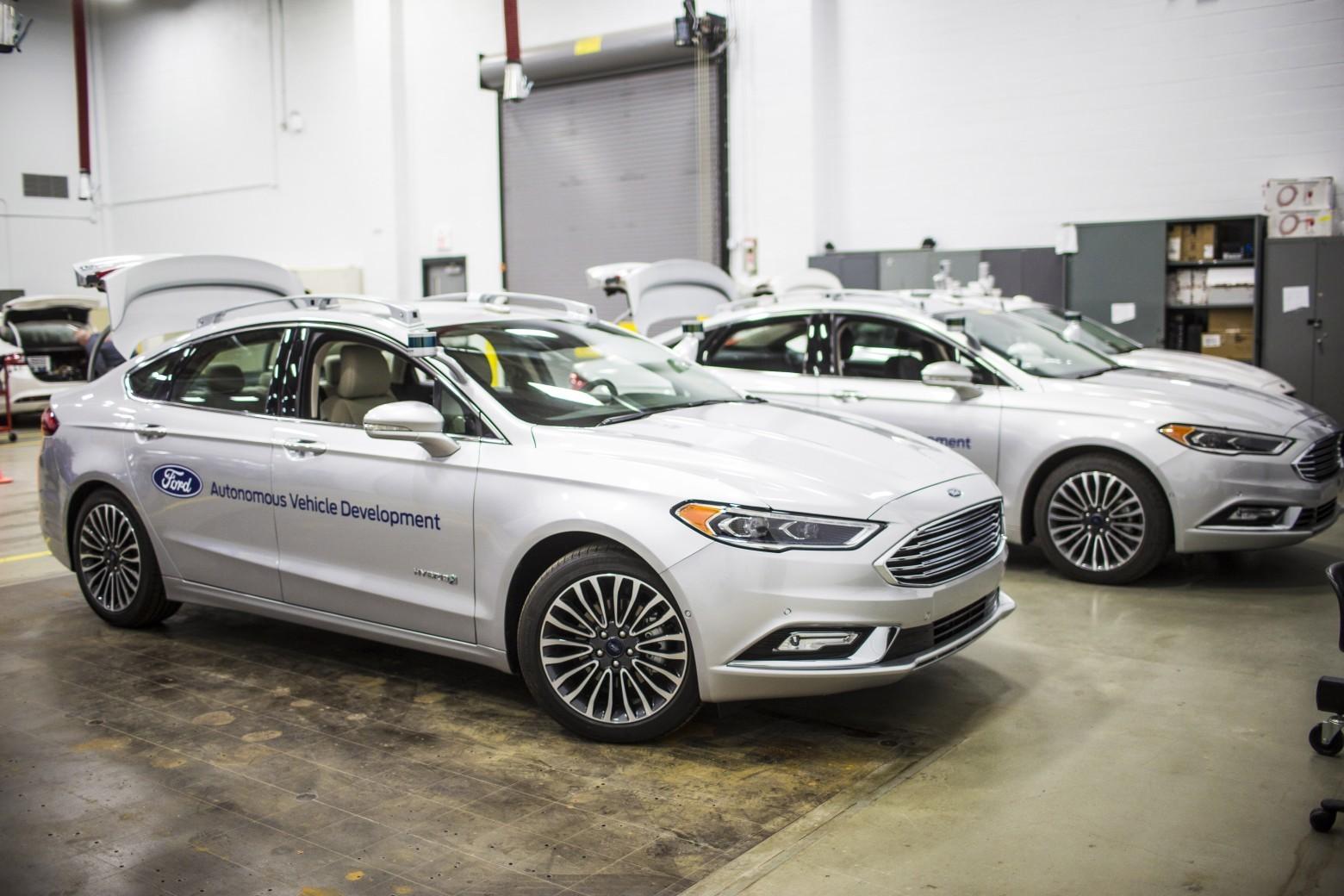 Новые беспилотники Ford копируют человеческое вождение - 3