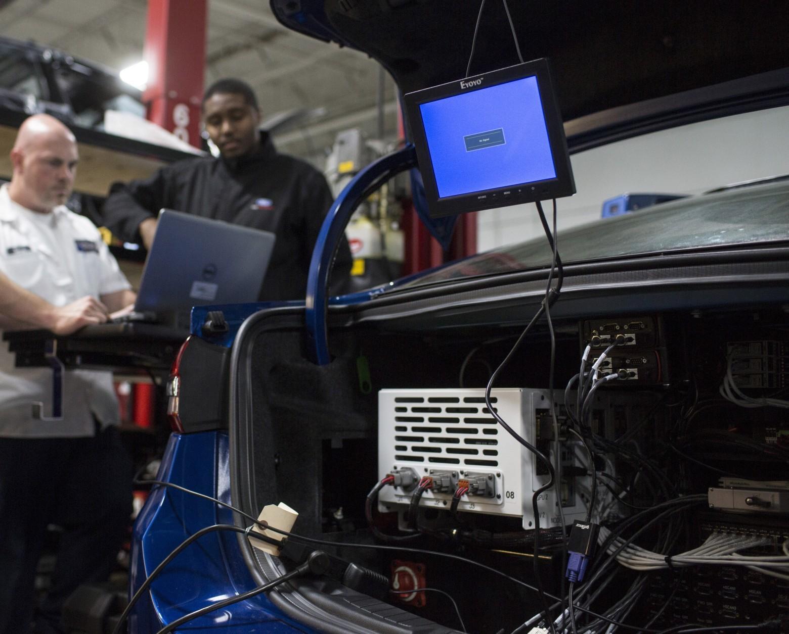 Новые беспилотники Ford копируют человеческое вождение - 5