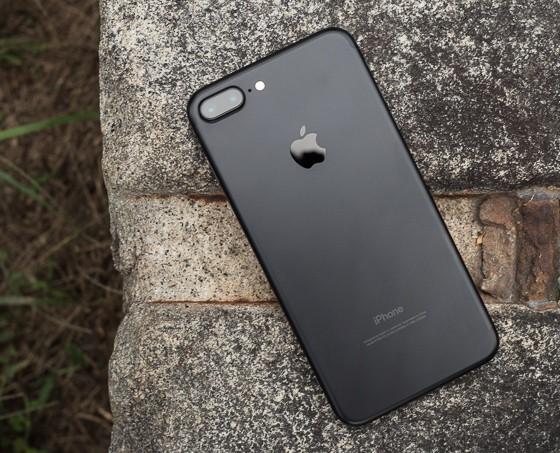 Apple снизит заказы на смартфоны iPhone 7 на 10%