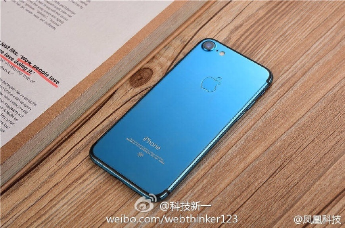 Опубликованы изображения смартфона iPhone 7 в цвете Blue Shade - 2