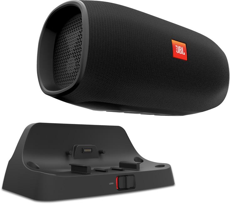 JBL BassPro Go можно пользоваться в машине и вне ее