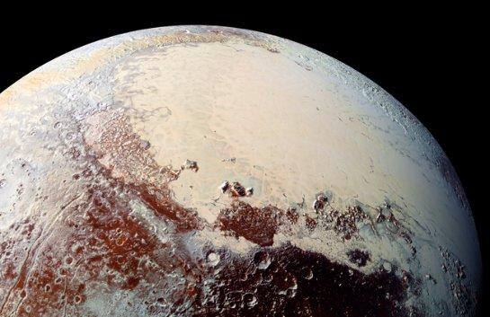 На Плутоне есть снег и лед