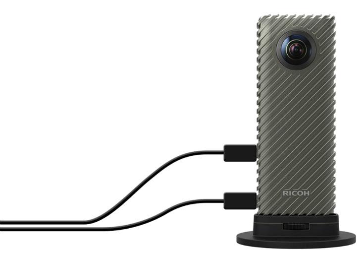 Производитель собирается поставлять камеру в составе наборов Ricoh R Development Kit
