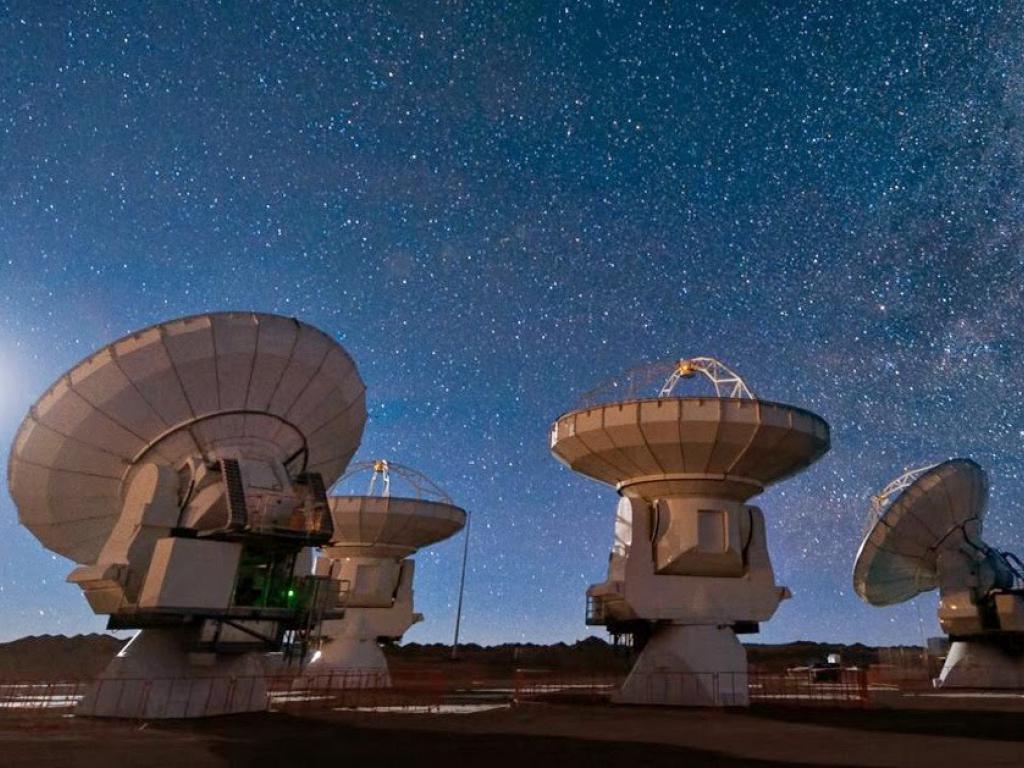 Астрономы уточнили местоположение источника повторяющихся быстрых радиовсплесков - 2