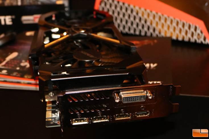 Карта Gigabyte GeForce GTX 1080 Aorus относится к верхнему сегменту