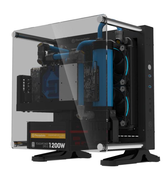 Ключевым элементом дизайна Core P1 TG Mini ITX вполне можно назвать стенку из закаленного стекла