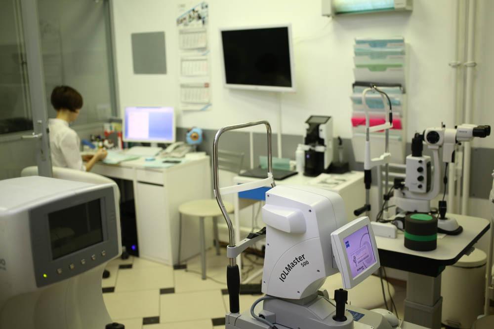 Мы добрались до побочных эффектов лазерной коррекции зрения — и ещё до диагностики - 22