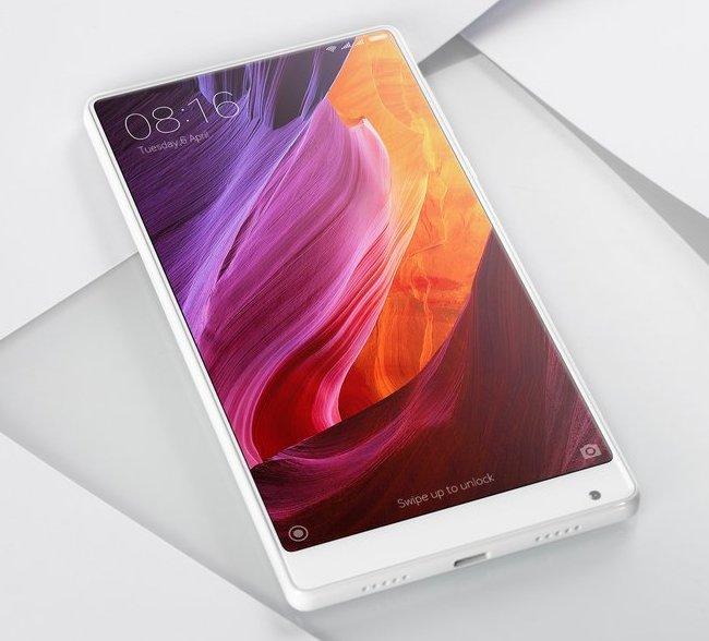 На CES 2017 показали белую версию смартфона Xiaomi Mi Mix