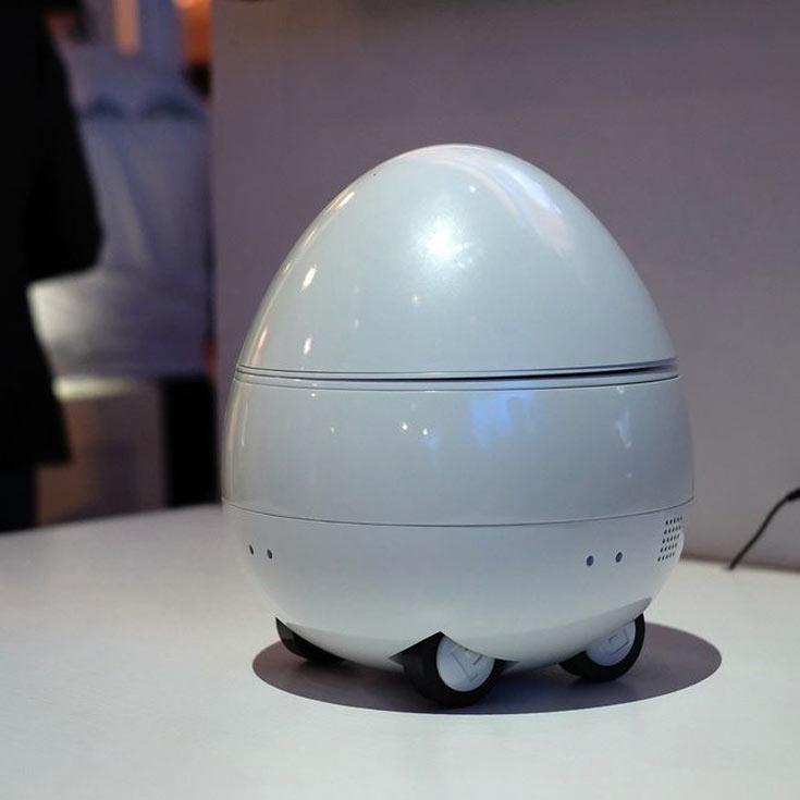 Робот-компаньон Panasonic может передвигаться со скоростью до 3,5 км/ч