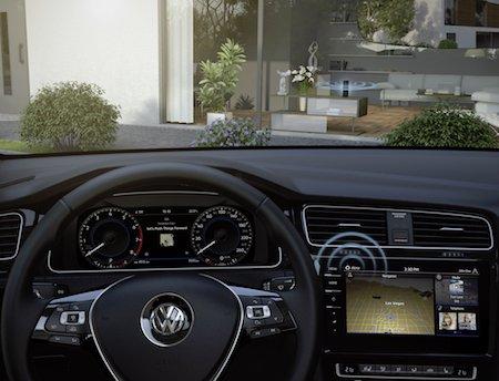 ИИ Amazon Alexa появится в машинах Volkswagen