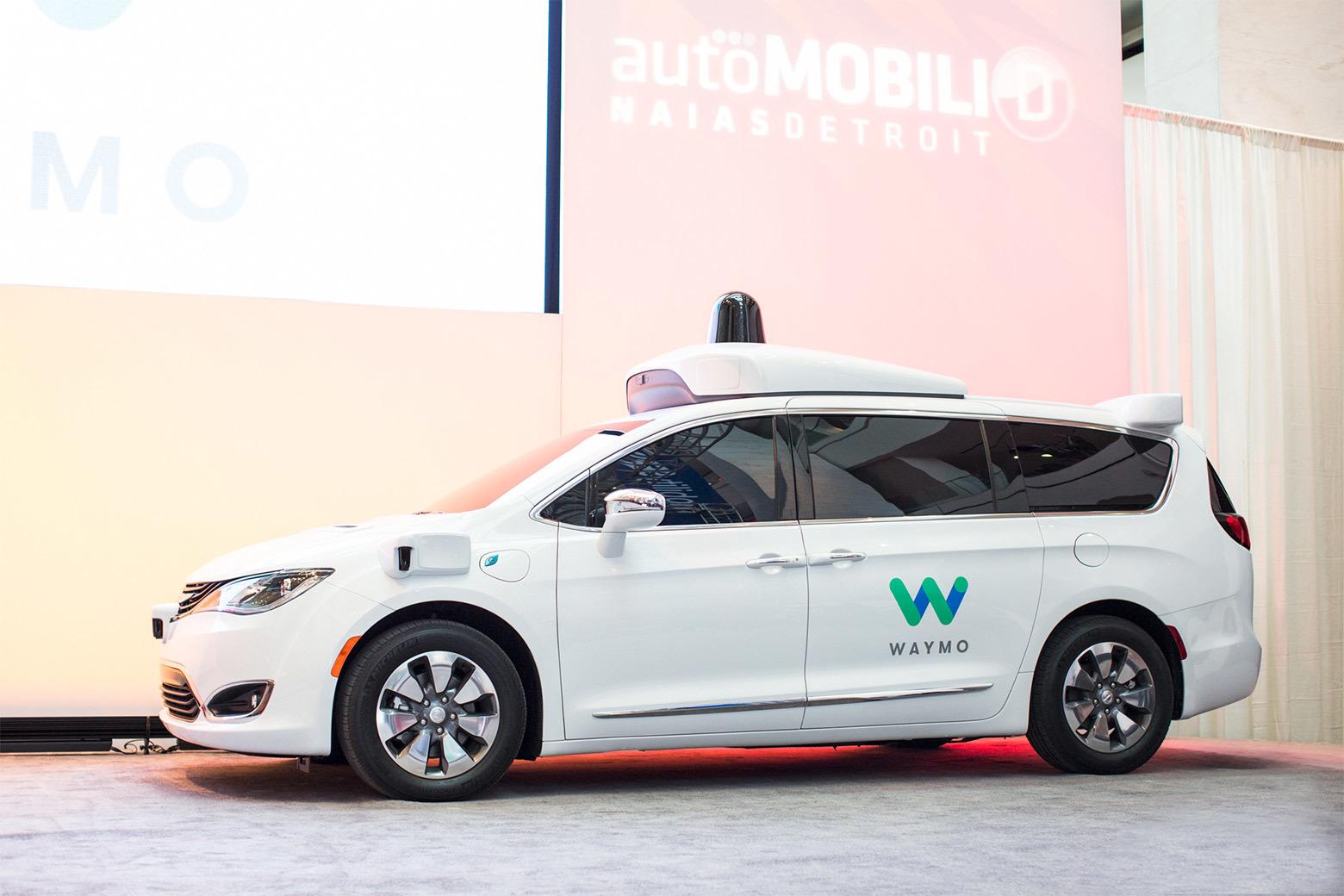 Waymo делает всю электронику для робоавтомобилей, лидары подешевели в 10 раз - 1