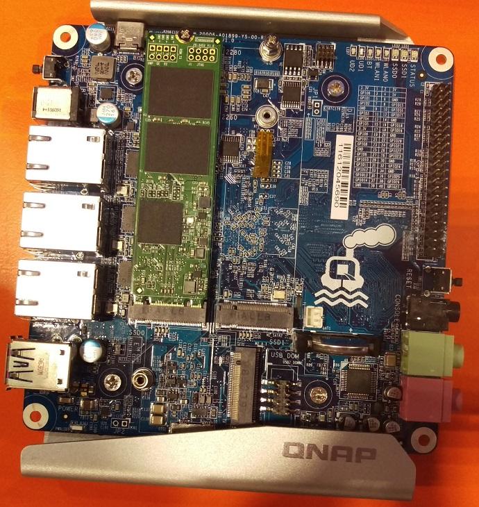 Плата Qnap Qboat ориентирована на обработку больших потоков сетевого трафика