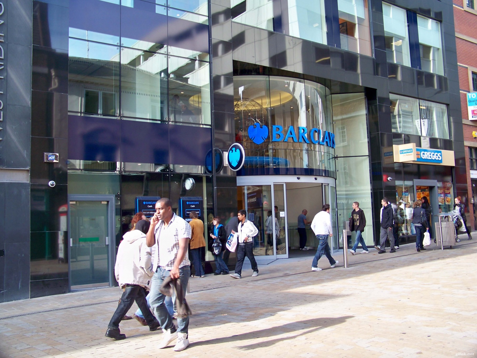 Barclays-becomes-the-first-high-street-bank-to-accept-Bitcoin.jpg