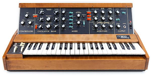 Тернистый путь эволюции синтезаторов: монстры 50-х, «Вояджер» Моога, цифровая революция от Чоунинга и Курцвейла - 11
