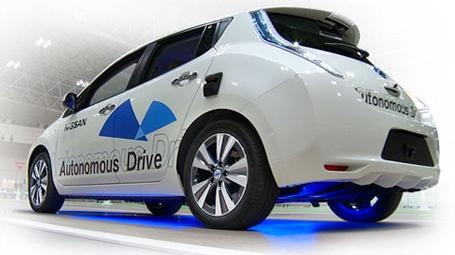 Беспилотные электромобили Nissan Leaf начнут тестировать в Лондоне уже в феврале