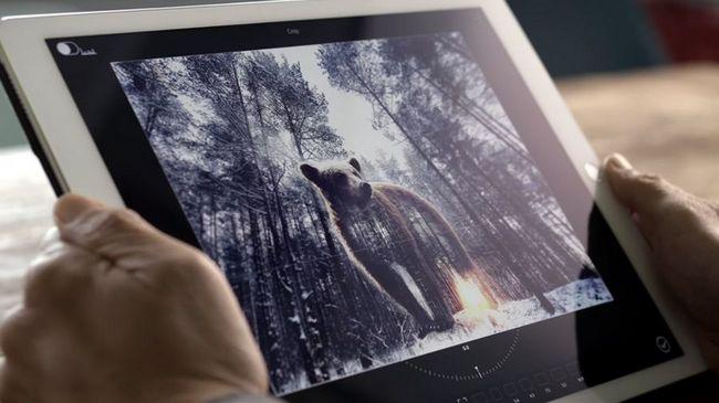Adobe работает над голосовым помощником, который сможет редактировать изображения