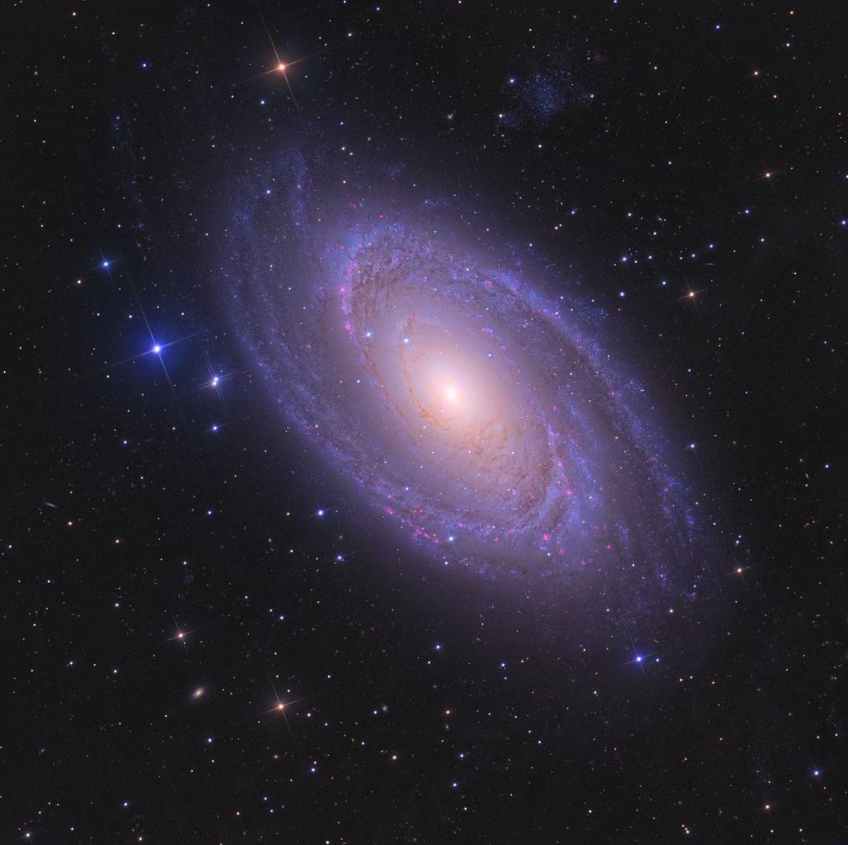 Спросите Итана: почему спиральные галактики так слабо закручены? - 3