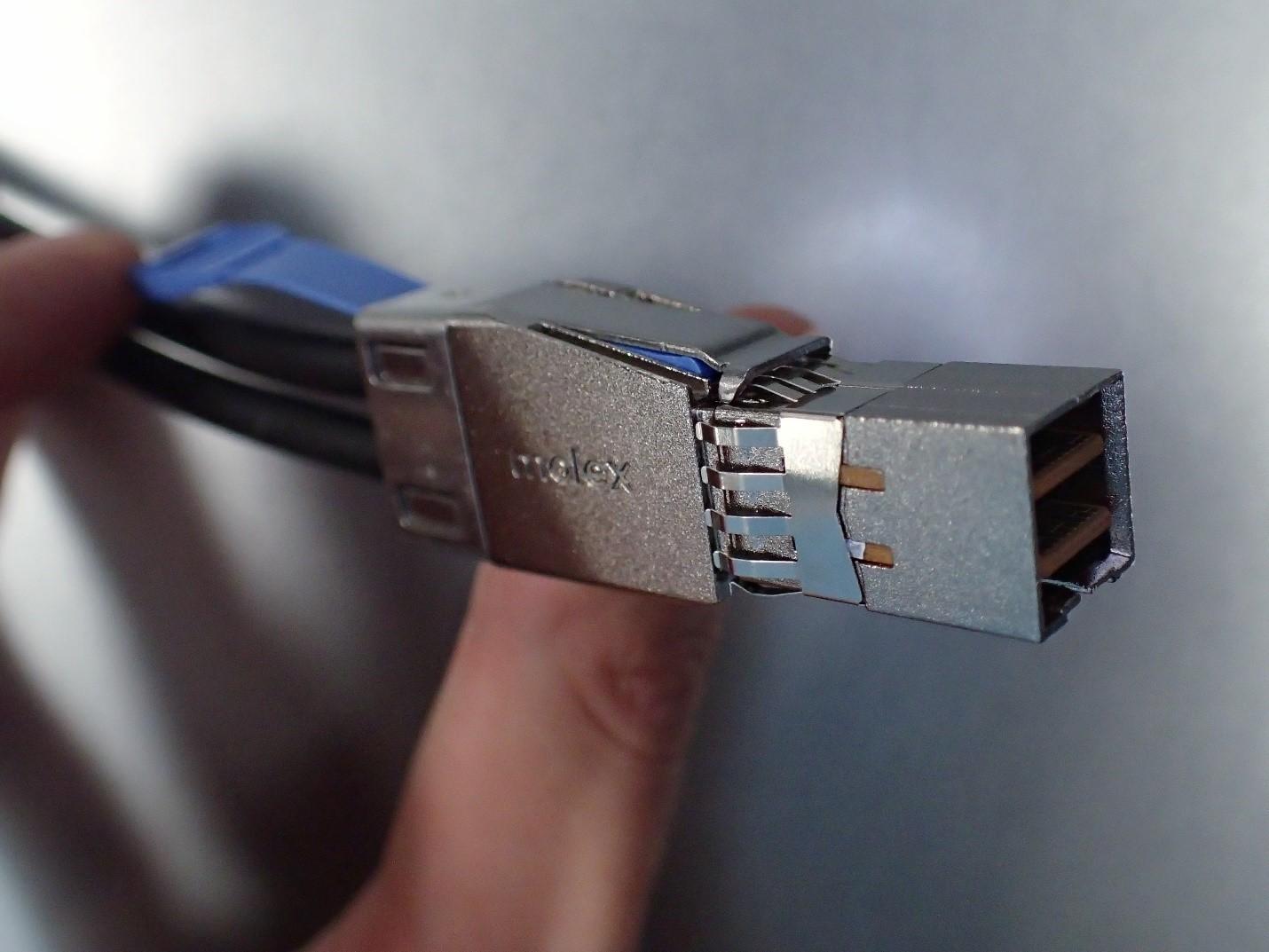 Unboxing: Что внутри у системы хранения данных NetApp AFF A300 - 13