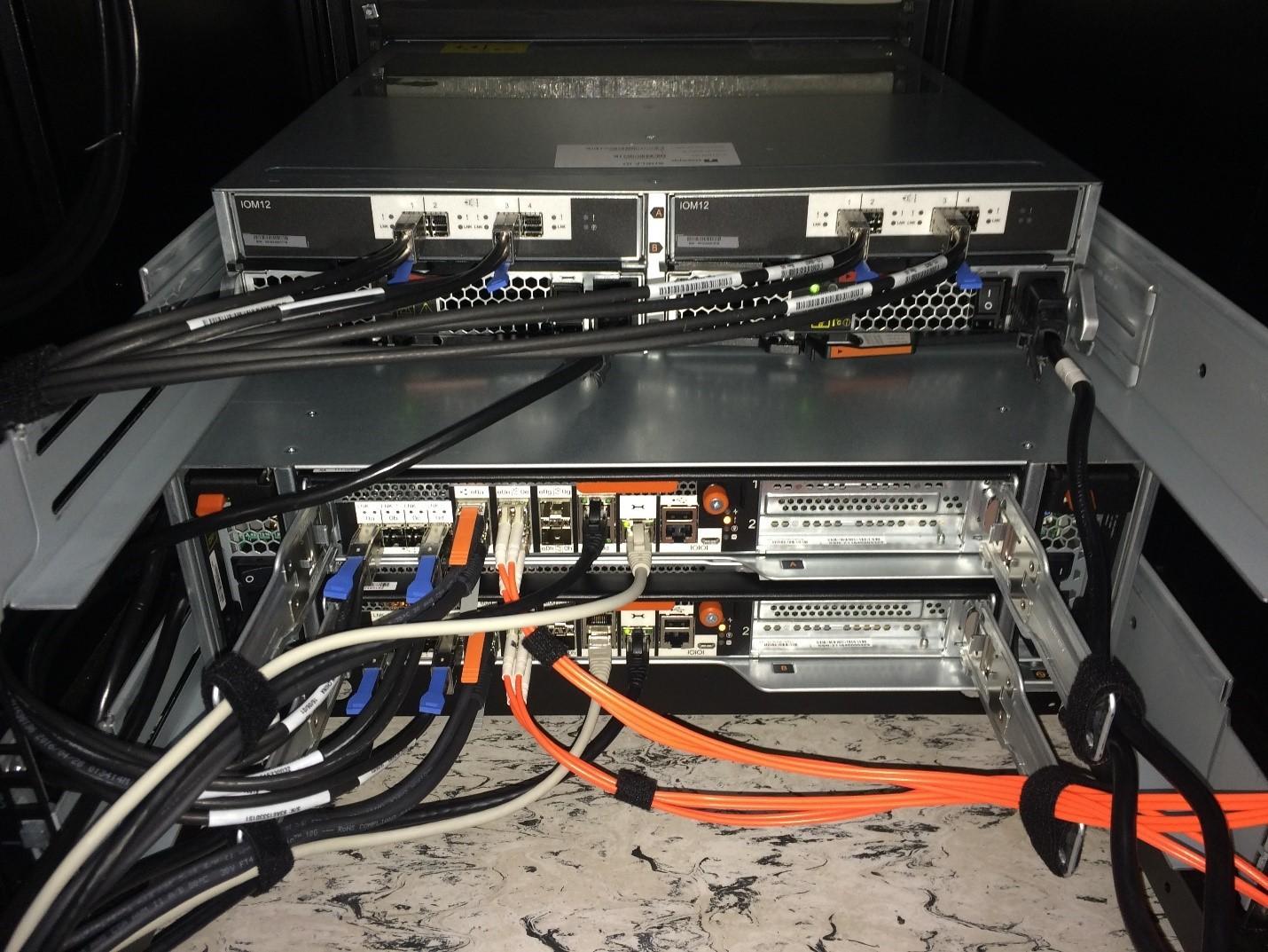 Unboxing: Что внутри у системы хранения данных NetApp AFF A300 - 17