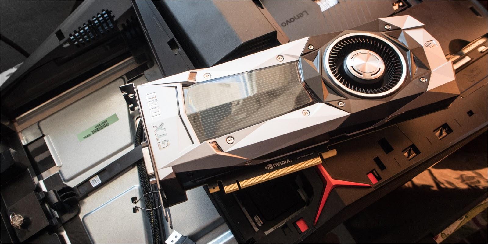 Lenovo Ideacentre AIO Y910: идеальный кокпит для геймера - 11