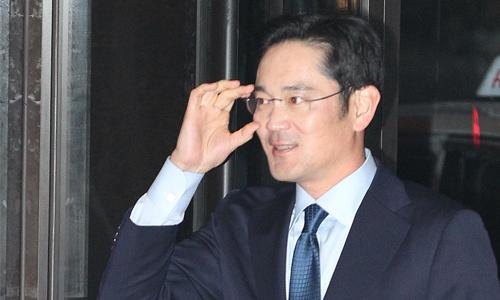Ли Джей пока остаётся на свободе