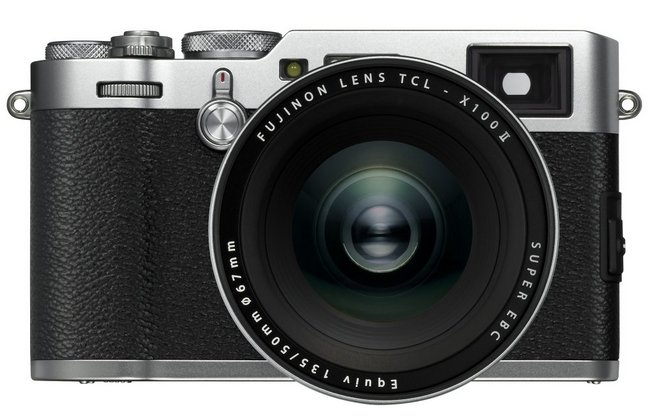 Компактная цифровая камера Fujifilm X100F оценена в 89 999 руб.