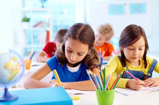 Ученые выяснили, как воспитательское отношение влияет на успеваемость детей