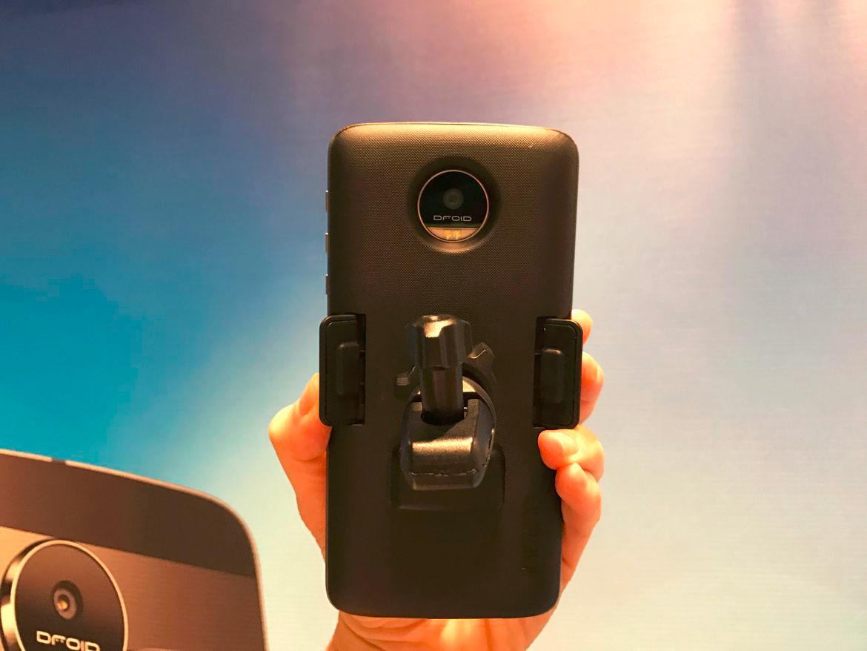 Lenovo выпустит как минимум 12 Moto Mods - 9