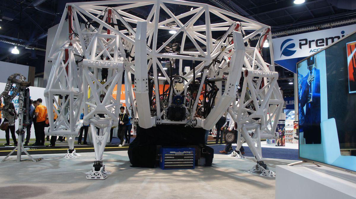 Экзоскелет Prosthesis — гоночный робот для соревнований будущего - 3