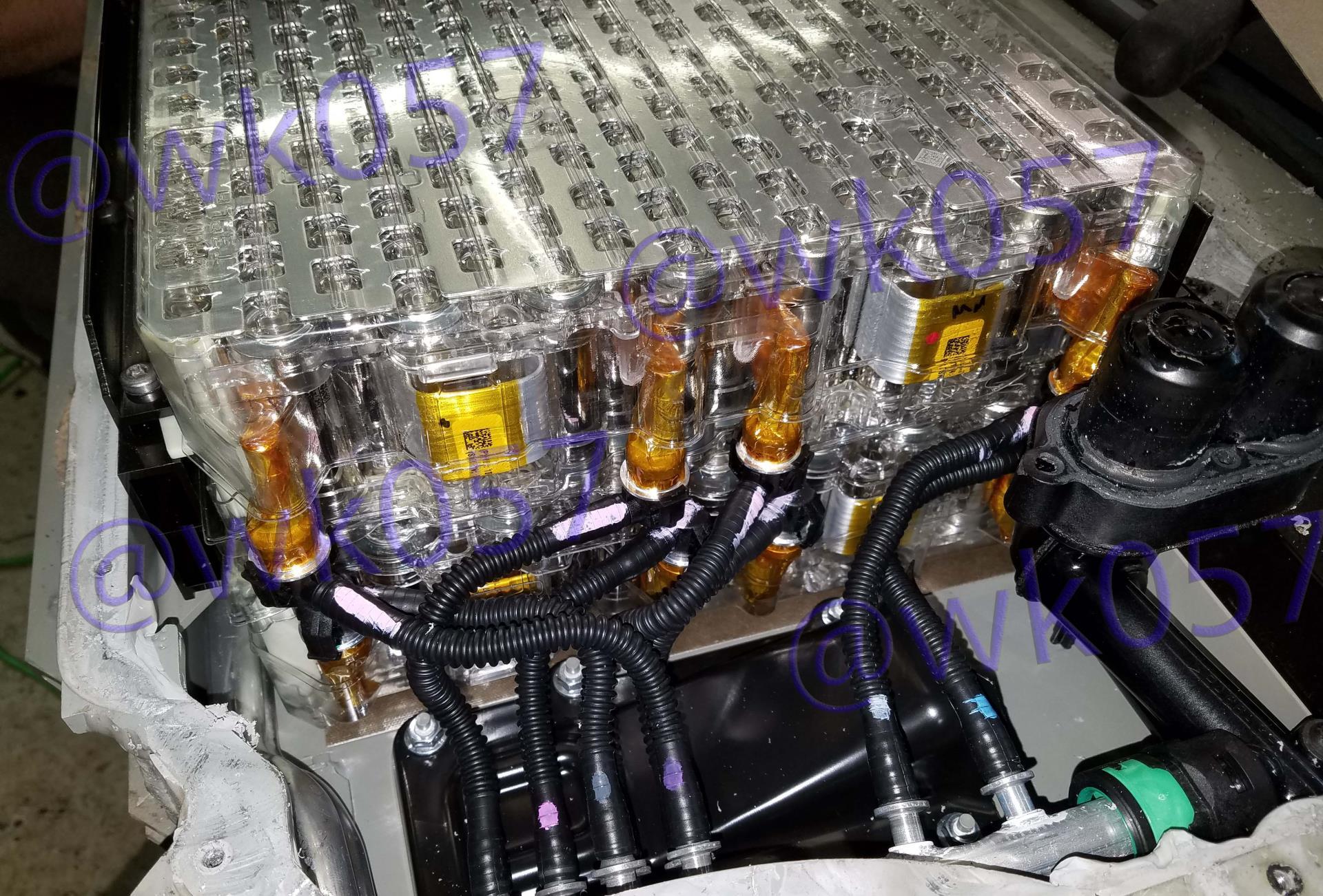 Разбор 100-киловаттчасной батареи Tesla обнаружил новую систему охлаждения и емкость 102 кВт·ч - 3