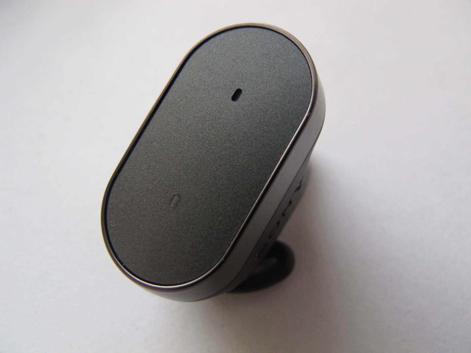 Sony Xperia Ear Xea10: голосовые помощники забрались в уши - 3