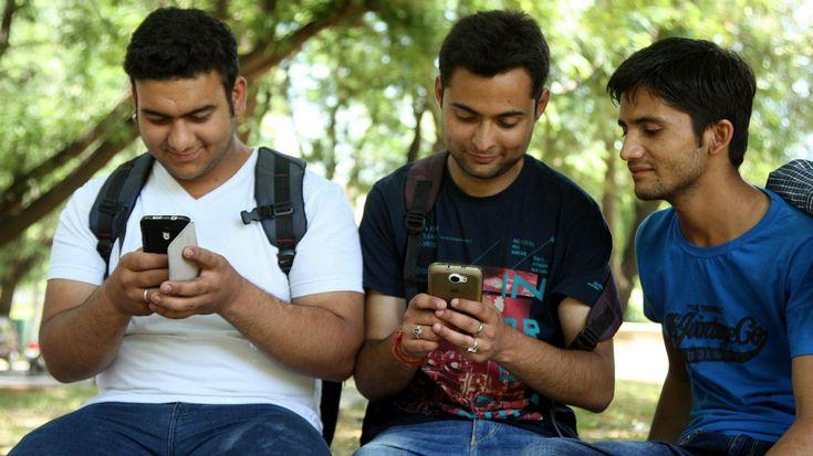 Аналитики Counterpoint оценили рынок мобильных телефонов Индии