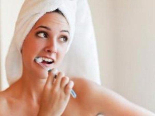 Ученые рассказали, что будет, если чистить зубы не регулярно