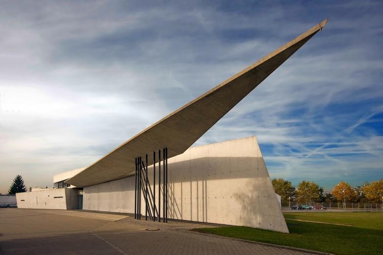 Параметрическая архитектура будущего Захи Хадид - 4