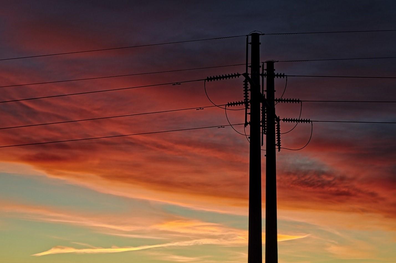 AT&T готовится запустить интернет по линиям электропередач - 1