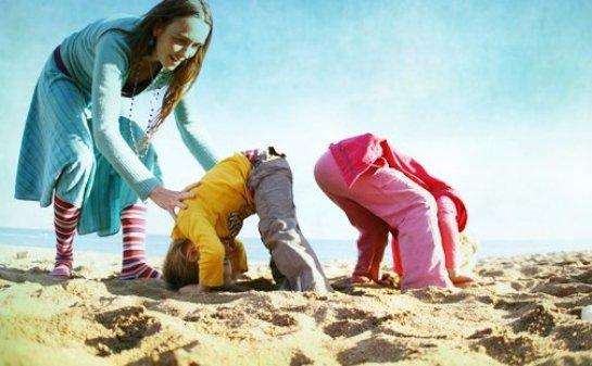 Дети копируют не только родителей, но и друг друга