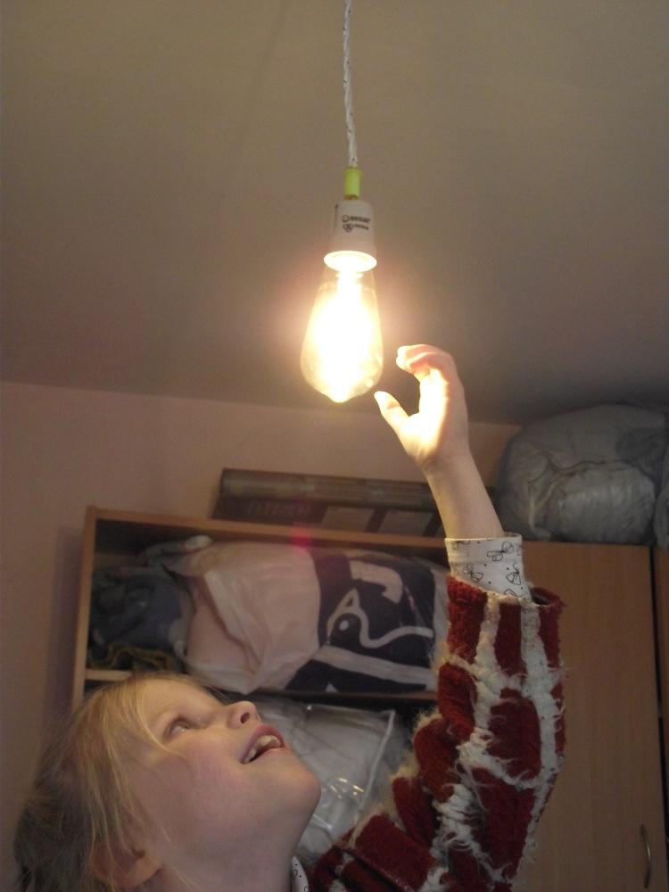 Лампочка Ильича — ретро печатаем арматуру на 3Д-принтере с филаментной LED лампой - 1