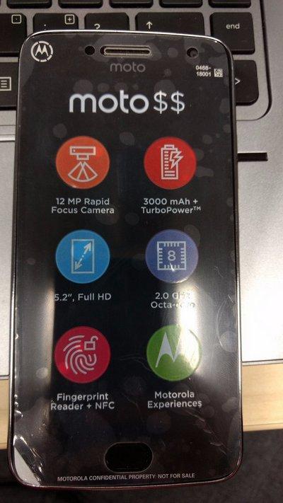 Фото Moto G5 Plus подтверждает характеристики смартфона